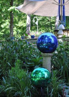 Terie's garden in New York--Click through for more photos of this garden