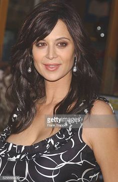 Catherine Bell arriving at the world premiere of 'Bruce Almighty' Beautiful Redhead, Beautiful Asian Women, Beautiful Celebrities, Beautiful Eyes, Beautiful Actresses, Katherine Bell, Best Bond Girls, Susan Lucci, Female Actresses