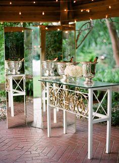 Photography: Justin DeMutiis Photography - justindemutiisphotography.com Read More: http://www.stylemepretty.com/2014/02/10/marie-selby-botanical-gardens-wedding/