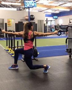 """10.3k Likes, 258 Comments - Alexia Clark (@alexia_clark) on Instagram: """"Kettlebells and lots of core! 1. 10 each side 2. 15 each side 3. 10 each side 4. 10 each leg…"""""""