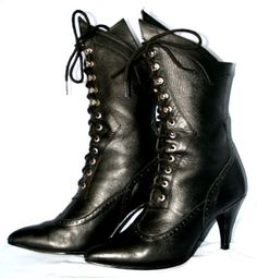 Oh dear me, these are gorgeous! Black Leather Lace Up Granny Boot by GenuineGunpowderRed on Etsy