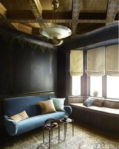 The walls of a simple Manhattan apartment fill up with the wisdom of classic writers when a client, inspired by his love of Venice, gives a young designer free rein