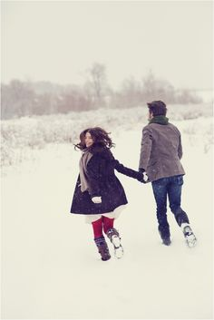 Snowy Winter Engagement Session by Stephanie Sunderland Photography