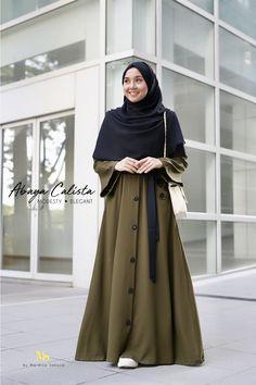 . Abaya Fashion, Muslim Fashion, Modest Fashion, Fashion Dresses, Hijab Style Dress, I Dress, Casual Hijab Outfit, Casual Wear, Modele Hijab