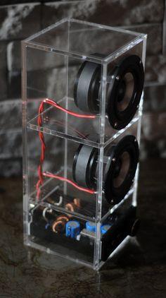 Sistema de altavoces Boombox. FUERTE