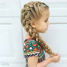 Easy and impressive girly hairstyles for school Teen Girl Hairstyles, Cute Hairstyles For Teens, Cute Hairstyles For Medium Hair, Dance Hairstyles, Older Women Hairstyles, Hairstyles For School, Trendy Hairstyles, Medium Hair Styles, Short Hair Styles