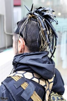 Insane Cyberpunk Hair, futuristic fashion, cyber fashion, futuristic look, futuristic boy, cyberpunk, cyber punk, cyber hair, future fashion by FuturisticNews.com  I like the chain idea on up the top