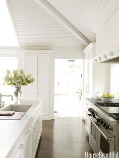 More coastal kitchen love.