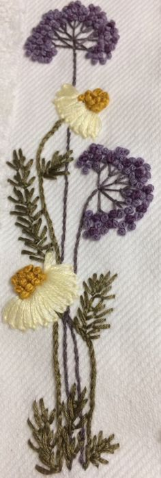 Wonderful Ribbon Embroidery Flowers by Hand Ideas. Enchanting Ribbon Embroidery Flowers by Hand Ideas. Brazilian Embroidery Stitches, Hand Embroidery Stitches, Silk Ribbon Embroidery, Crewel Embroidery, Embroidery Techniques, Floral Embroidery, Cross Stitch Embroidery, Modern Embroidery, Embroidery Designs