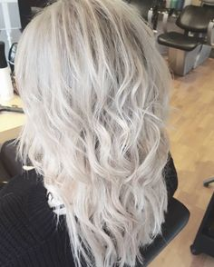 16 Ash Blonde Hair Highlights Ideas For You Blonde Hair With Highlights, Ash Blonde Hair, Dark Hair, Stylists, Hair Makeup, Hair Color, Long Hair Styles, Beauty, Ideas