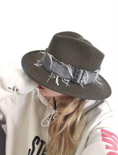 Kaki Bellaire Hat   josetteetbernard.com