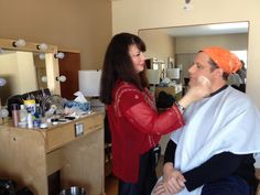 Isaac Mizrahi getting ready to go to the Oscar® red carpet!
