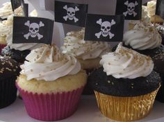 pirate themed baby shower | Pirate Themed Wedding Cupcakes