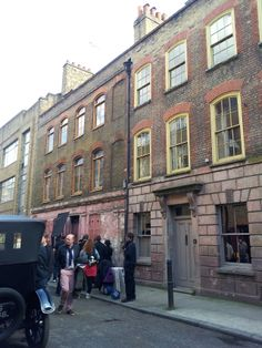 Huguenot silk weavers' houses in Spitalfields from www.atthepinkhouse.tumblr.com