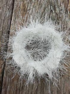 SalixAlba / Háčkované gumičky do vlasov (Biela) Dandelion, Flowers, Plants, Dandelions, Florals, Plant, Flower, Bloemen, Planting
