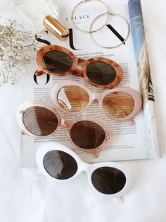 amazing retro sunglasses, love the vintage vibe