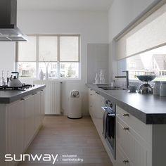 SUNWAY rolgordijnen komen overal tot hun recht: in keukens of slaapkamers, voor kleine of grote ramen en in landelijke- of designstijl.