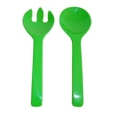 XMAS TABLE: Large servers in bright green. Shop now at www.hardtofind.com.au