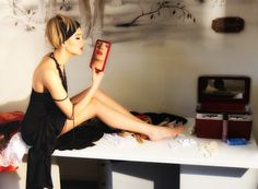The New Line of Hollywood Vanity Mirrors Is Yours to Enjoy «  Shopping Fashionista
