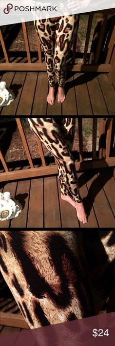 Adorable and comfortable leopard print leggings! Black brown taupe- so easy to match soft non see through material - love Pants Leggings
