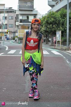 FASHION JAPAN: Airi (Harajuku Fashion Walk,Harajuku,Tokyo,NIKE,Adidas,H&M,Vivienne Westwood)