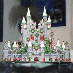 Gingerbread House Contest Winners | Christmas Gingerbread Castle | 2008 Gingerbread House Contest Winners ...