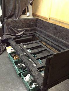 Ercolano, ecco i mobili mai visti e custoditi nei depositi
