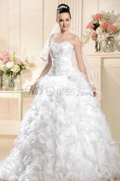 Awesome Ball Gown Sweetheart Floor-Length Chapel Pleats Beadings Wedding Dress