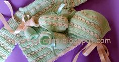Materiales para hacer este jubón :Agujas del 2 Agujas del 2 y medio Lana bebé Algodón O PERLÉ COMENZAR MONTANDO 90 PUNTOS con las agujas ... Baby Cardigan Knitting Pattern, Baby Knitting, Knitting Patterns, Crochet For Kids, Knit Crochet, Knit Baby Sweaters, Knitted Shawls, Burlap Wreath, Baby Dress