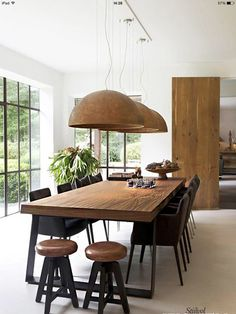 35 Spectacular Dining Table Design Ideas You Must Have - Esszimmer dekoration Dinning Table Design, Wooden Dining Tables, Wooden Dining Table Modern, Industrial Dining Rooms, Wood Dinning Room Table, Modern Dining Rooms, Dining Area, Modern Extendable Dining Table, Mid Century Dining Table