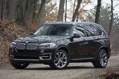 2016 BMW X5 xDrive40e front 3/4 view