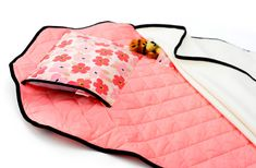 This nap mat (the Tot Cot) is a practical all-in-one sleeping solution for your little toddler heading out to preschool or daycare. The product Toddler Nap Mat, Infant Toddler, Preschool Director, Teepee Play Tent, Pink Poppies, Toddler Preschool, Disney Mickey Mouse, Cot