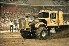 New Trucks, Custom Trucks, Cool Trucks, Lifted Trucks, Truck And Tractor Pull, Tractor Pulling, Farmall Tractors, Old Tractors, 6x6 Truck