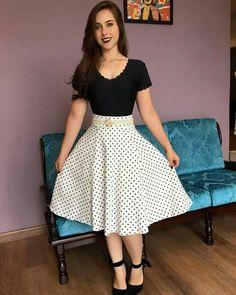 I Love Fashion, Womens Fashion, Fashion Trends, Pink Prom Dresses, Skirt Outfits, Frocks, Casual Wear, Designer Dresses, Midi Skirt