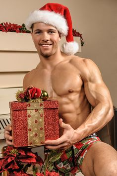 More Christmas hotties here: http://www.pinterest.com/scorpioitalia/hot-christmas/