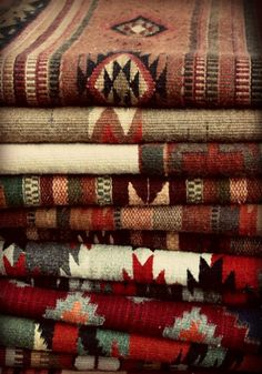 Navajo textiles I have some we brought home from out West. Southwest Decor, Southwest Style, Southwestern Decorating, Southwest Fashion, Indian Blankets, Mexican Blankets, Navajo Rugs, Navajo Weaving, Navajo Fabric