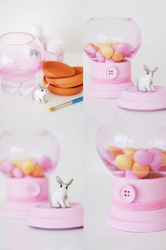 mommo design - 10 DIYs FOR KIDS - Candy dispenser
