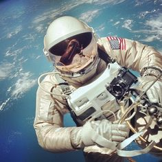 Amazing image of NASA Gemini IV Astronaut Edward White during his spacewalk on June 3, 1965. I can't imagine the bravery these early Project Gemini astronauts must have had. Image Credit: NASA/JSC/ASU #astronaut #space #spacewalk