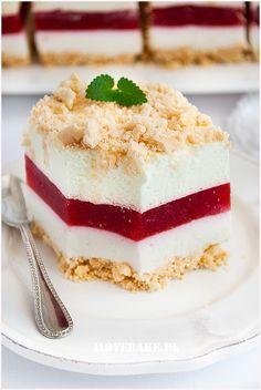 Ciasto truskawkowa lasagnia - I Love Bake Polish Recipes, Polish Food, Sweet Recipes, Healthy Recipes, Vegan Junk Food, Vegan Sushi, Vegan Baby, Vegan Pancakes, Vegan Smoothies