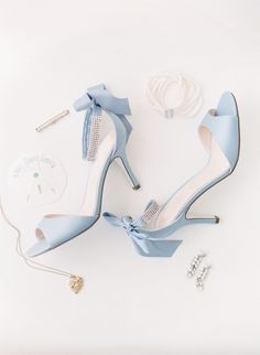 something blue shoes Fancy Shoes, Cute Shoes, Me Too Shoes, Blue Bridal Shoes, Bridal Heels, Blue Heels, High Heels, Ice Blue Weddings, Shoe Boots