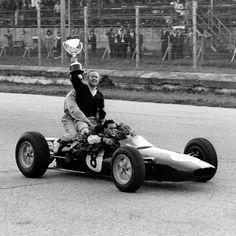 pinterest.com/fra411 #vintage #formula1  - Jim Clark Colin Chapman Team Lotus Italian Grand Prix 1963
