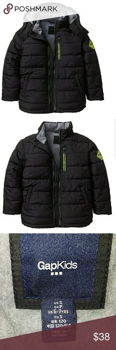 GAP Warmest Puffer Jacket Quilter outer with microfleece lining, poly fill.  Logo patch al long sleeves with rib-knit storm cuffs. Removable hood Stand Collar Zip Front Zip pocket at chest, welt pockets at front. Locker loop at interior neckline Machine wash GAP Jackets & Coats Puffers