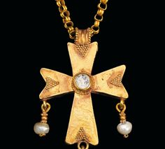 Gold chain and cross with pearls, Byzantine, ca. 5th century A.D.