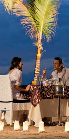 Candle-light dinner at Riu Palace Jamaica - Hotel in Montego Bay, Jamaica - Romantic hotel - All Inclusive - honeymoon