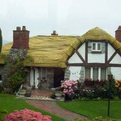 Fairytale House - King Edward and Cambie in Vancouver, BC?