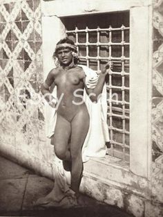 Harem Female Nude Berber Natural Nude 1920 S Vintage Nude Beauty Vintage Ethnic Photos 1920 u0026 39 S Vintage Female Nude Arab Harem 1920 porn