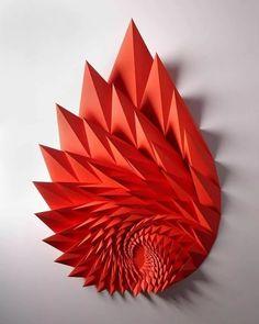 геометрические скульптуры из бумаги заказать: 2 тыс изображений найдено в Яндекс.Картинках Geometric Sculpture, Geometric Art, Sculpture Art, Paper Sculptures, Geometric Origami, Origami Paper Art, 3d Paper, Paper Crafts, Paper Folding Art