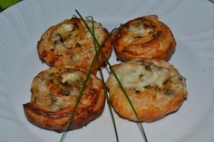 Mi Diversión en la cocina: Rollitos de Hojaldre con Sabor a Pizza
