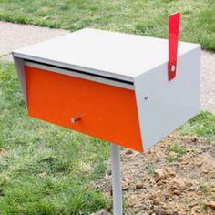 Modern mailbox http://design-milk.com/installing-a-modern-mailbox/