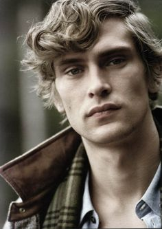 2010 - ♦ Context : Harry Potter.  x. Complete name : Flynn Duncan Dawson. x. Age : 22 yo. x. Face : Mathias Lauridsen. x. Country of Origin : Irish on both side. x. House : Ravenclaw. x. Blood : Muggle-Born. x. Organisation : Order of the Phoenix. x. Job : Librarian Help at Hogwarts. x. Character : Clever - Curious - Charming - Reader - Wise - Discret - Tormented.